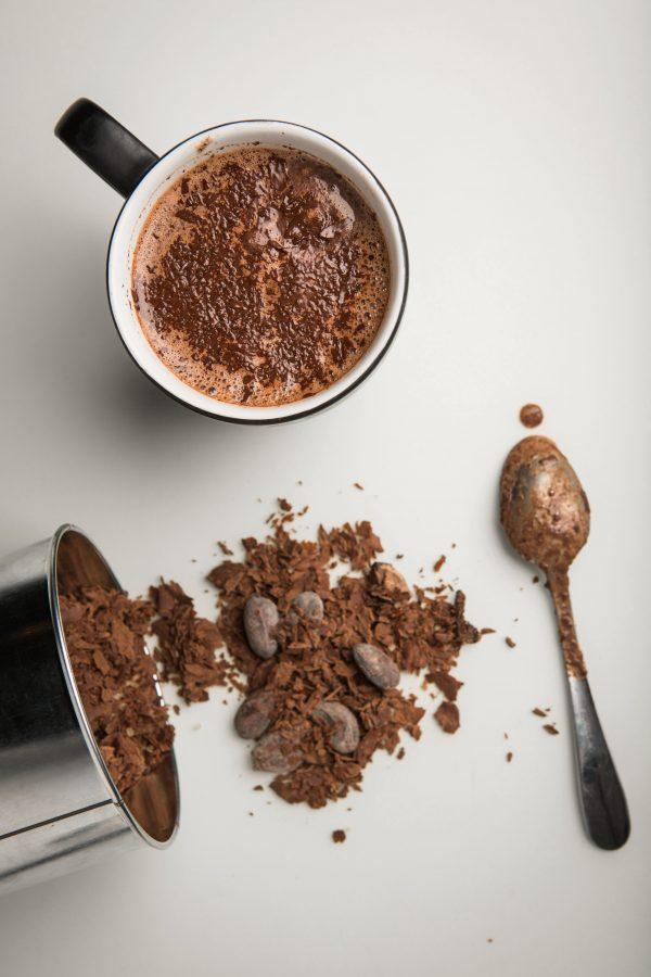 Rūšinių Indonezijos pupelių karštas šokoladas